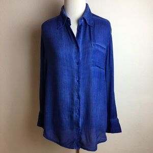 Alice + Olivia Blue Button Down Shirt Size Small